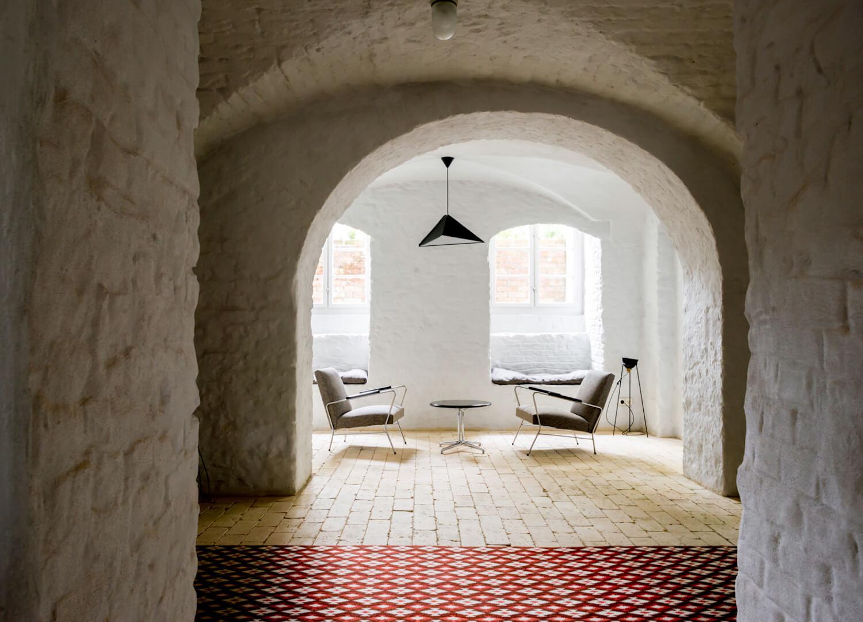 est living interiors berlin summer house loft kolasinkina 9