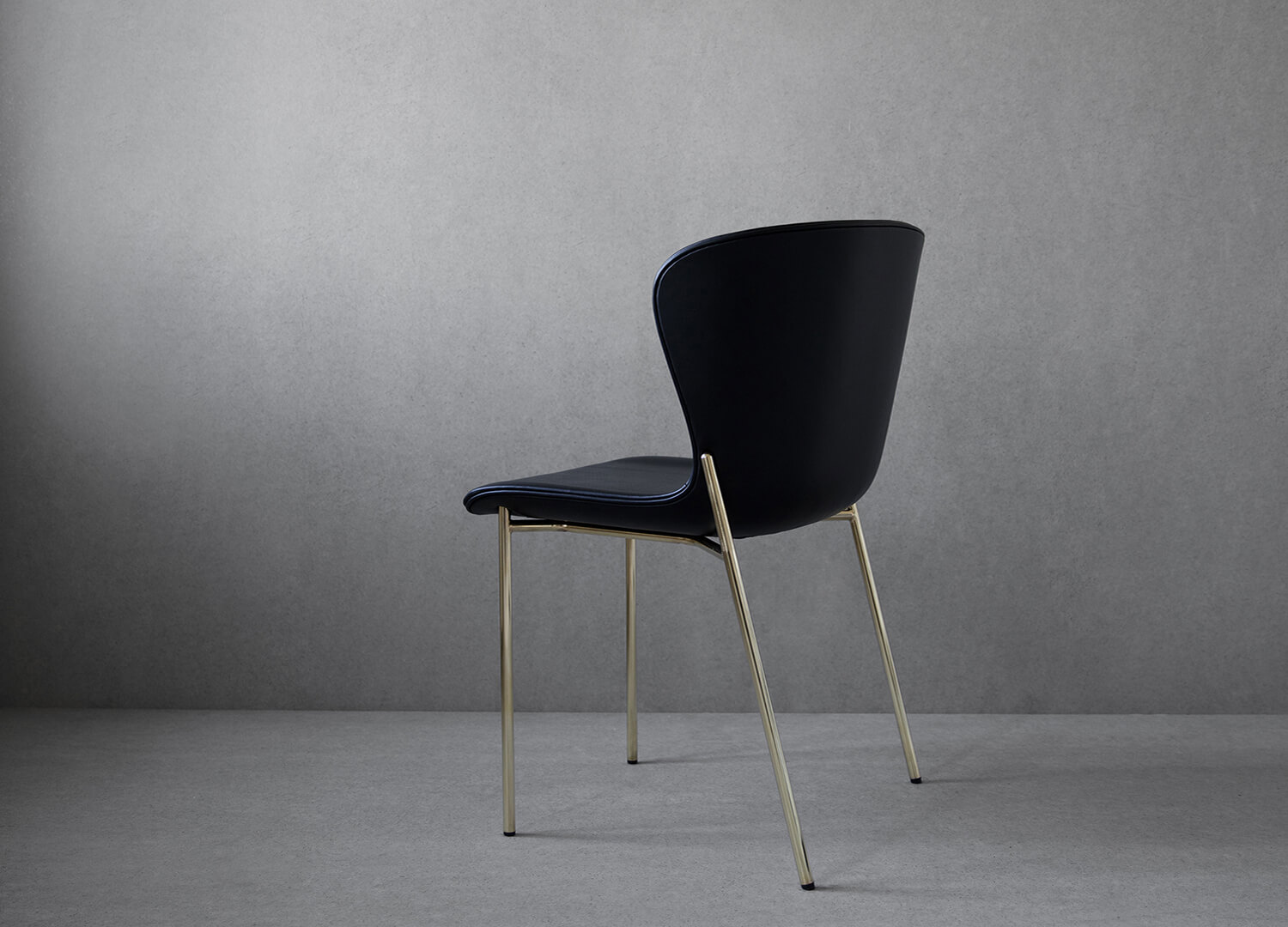 La Pipe Dining Chair Friends & Founders