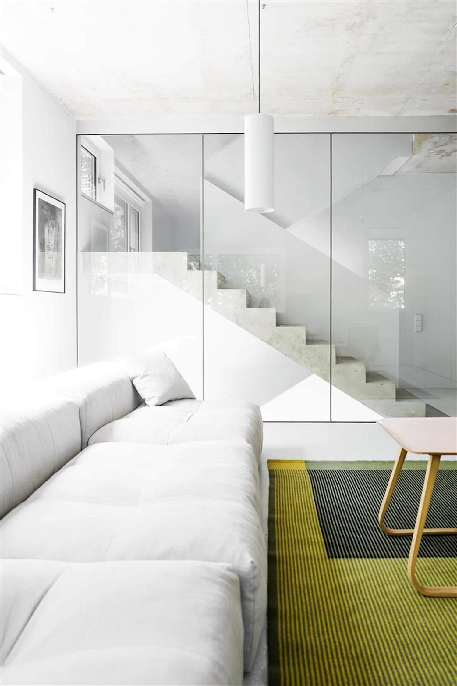 Prenzlauer Berg Residence by Loft Kolasinski | est living