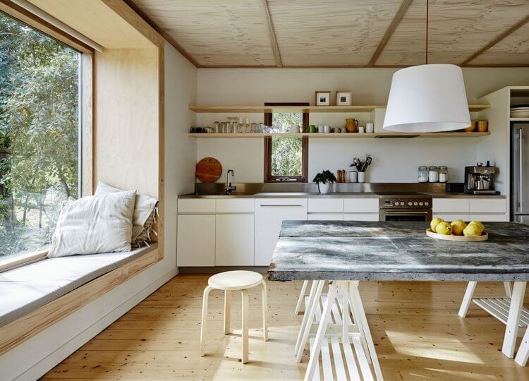 Shoreham Beach Shack by Sally Draper Architects