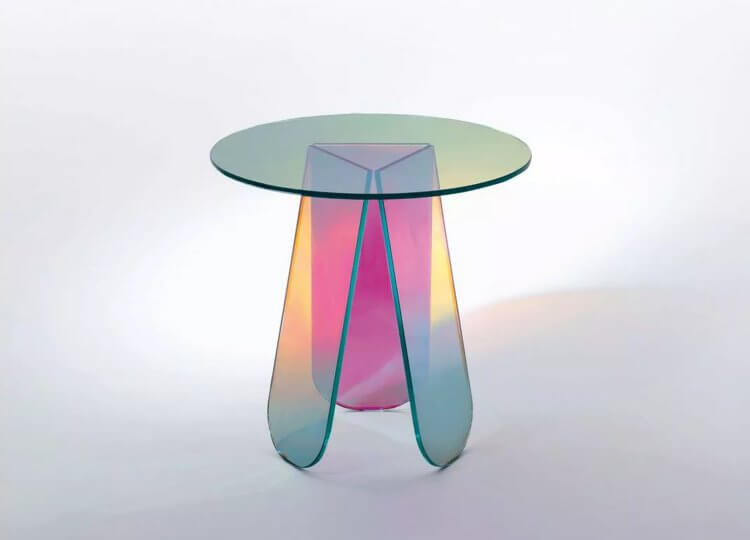 Shimmer Table Space