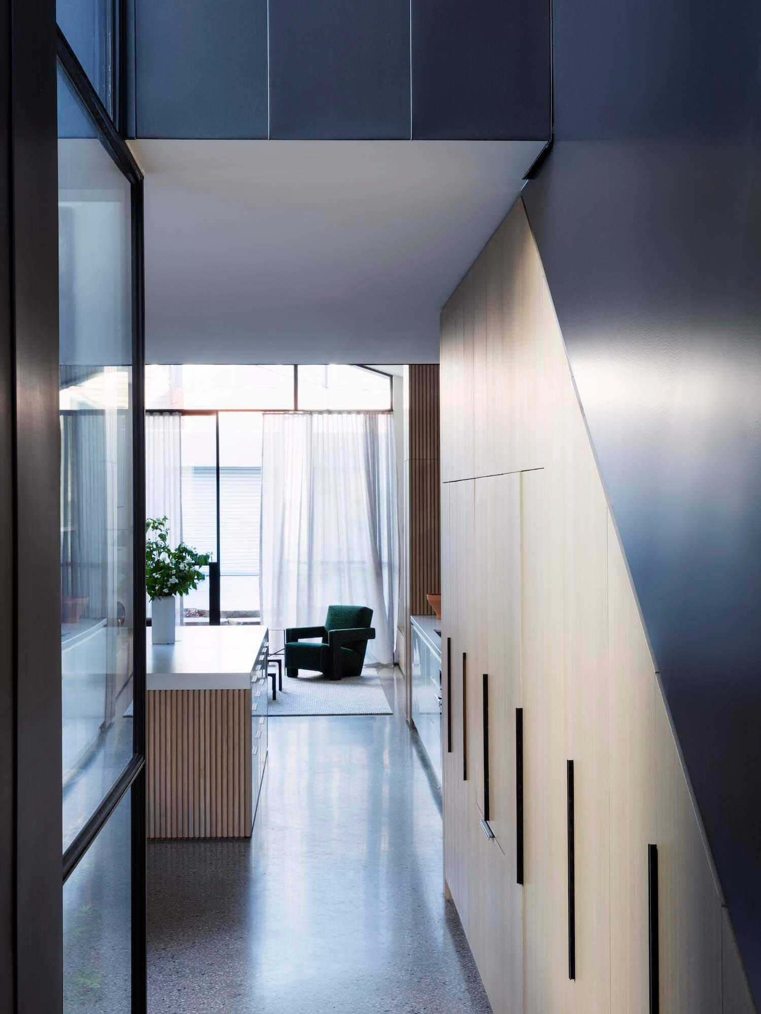 Est living port melbourne house pandolfini architects 11