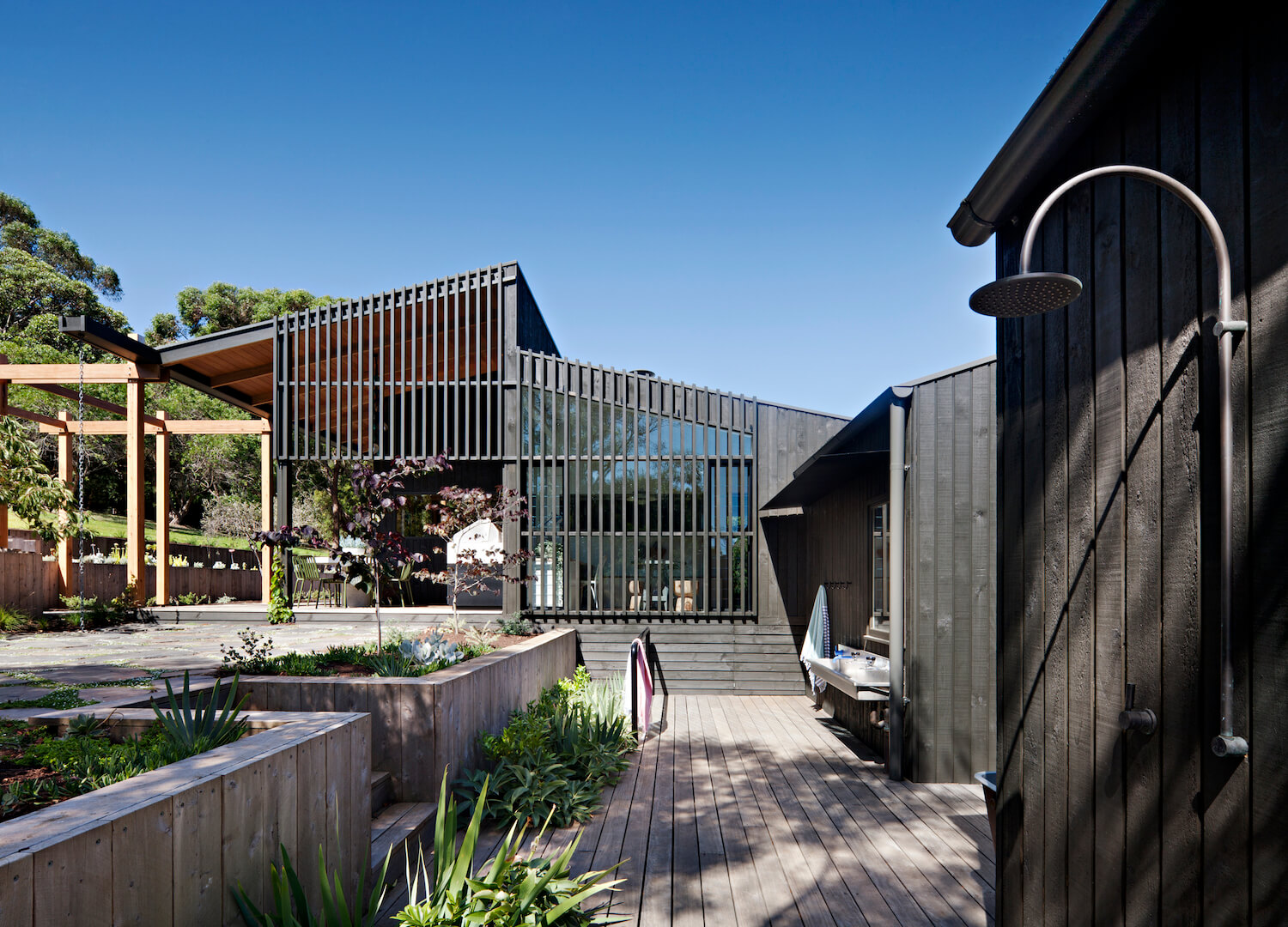 High Noon By Clare Cousins Architects Obsigen