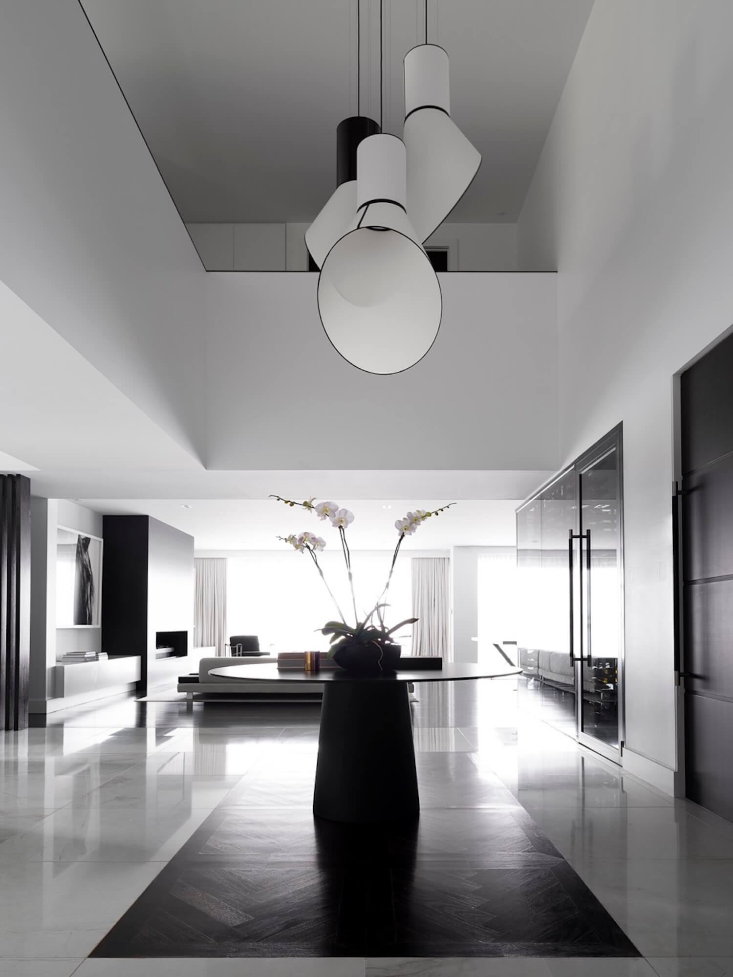 est living interiors monochrome house alwill interiors 3