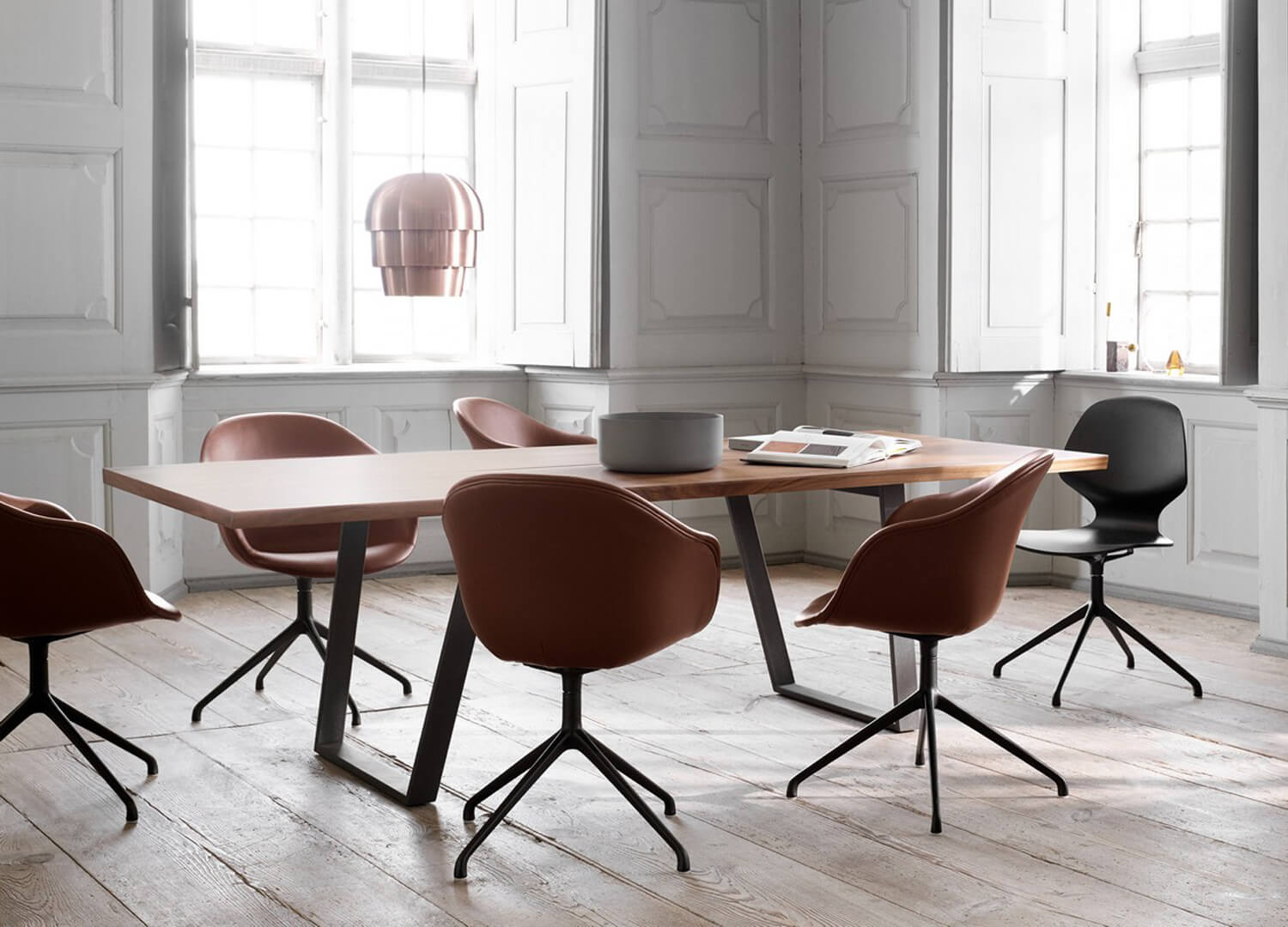 Vancouver Dining Table BoConcept