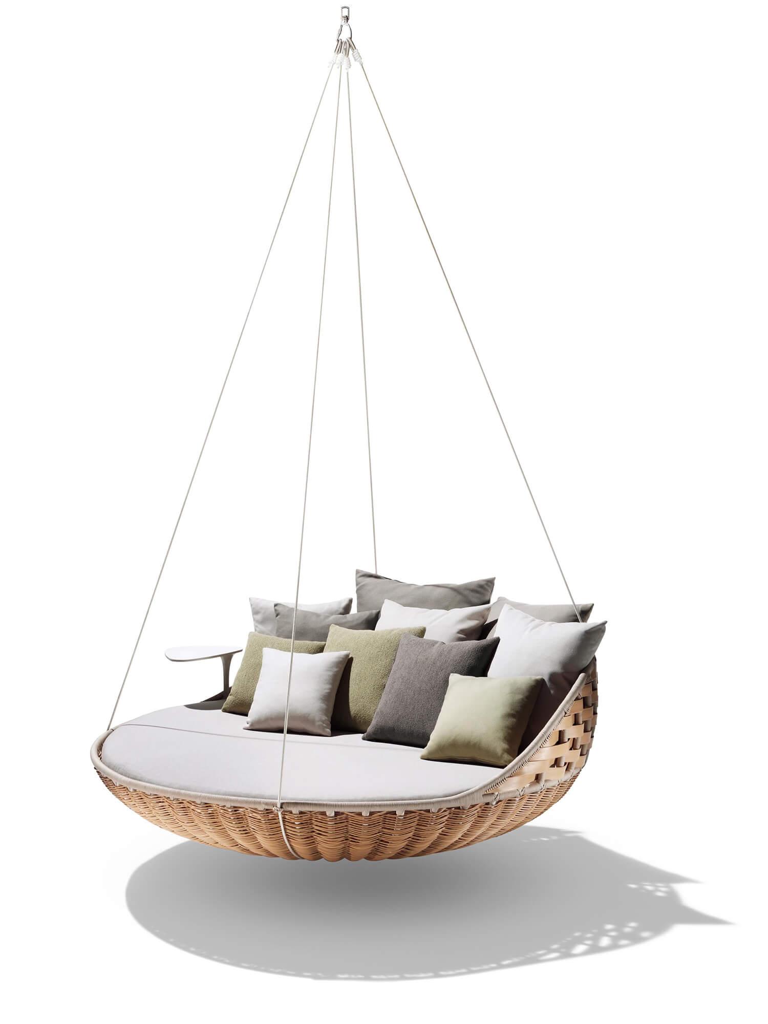 Est Living Get the Look Entertaining Outdoors Dedon Swingrest Chair