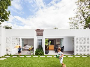 Alterations & Additions | Breeze Block House by Architect Prineas