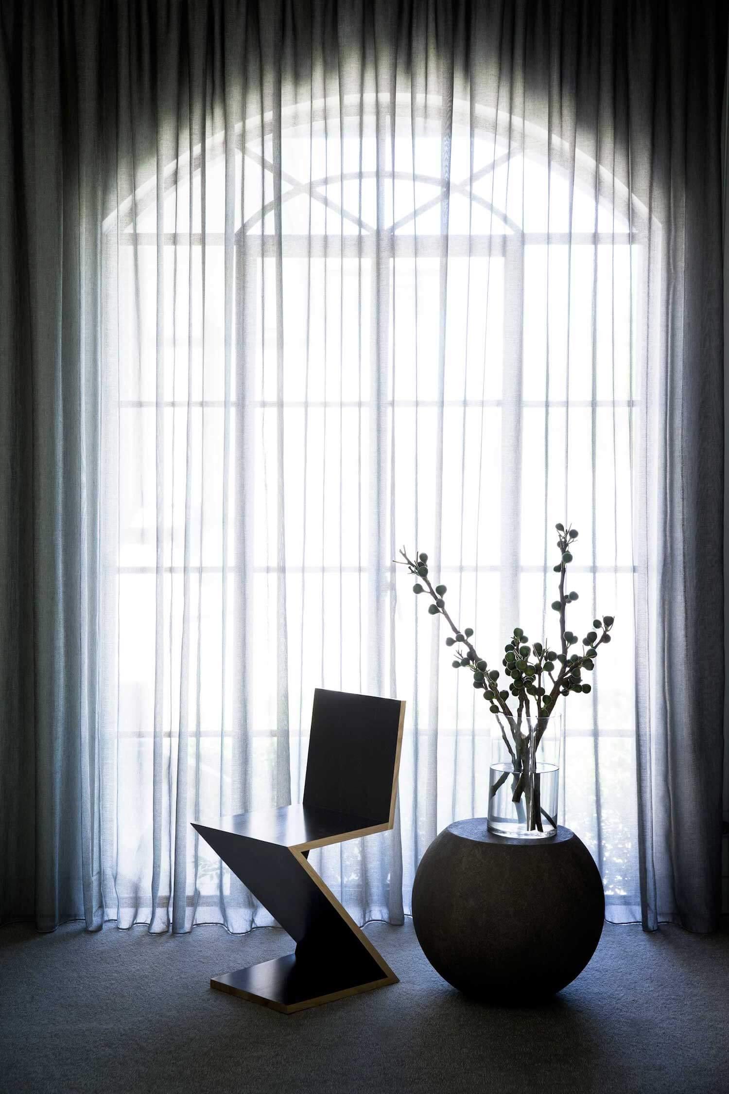 est living rogerseller australian interiors adele bates design toorak home 11