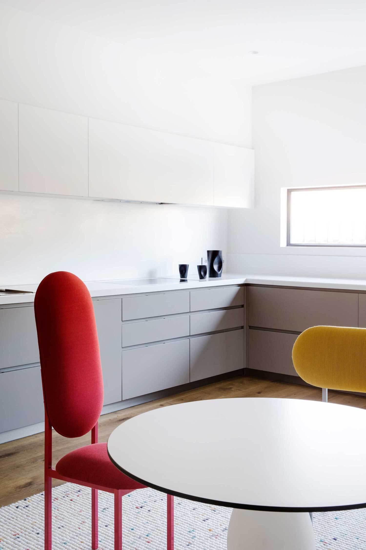 est living rogerseller australian interiors adele bates design toorak home 2