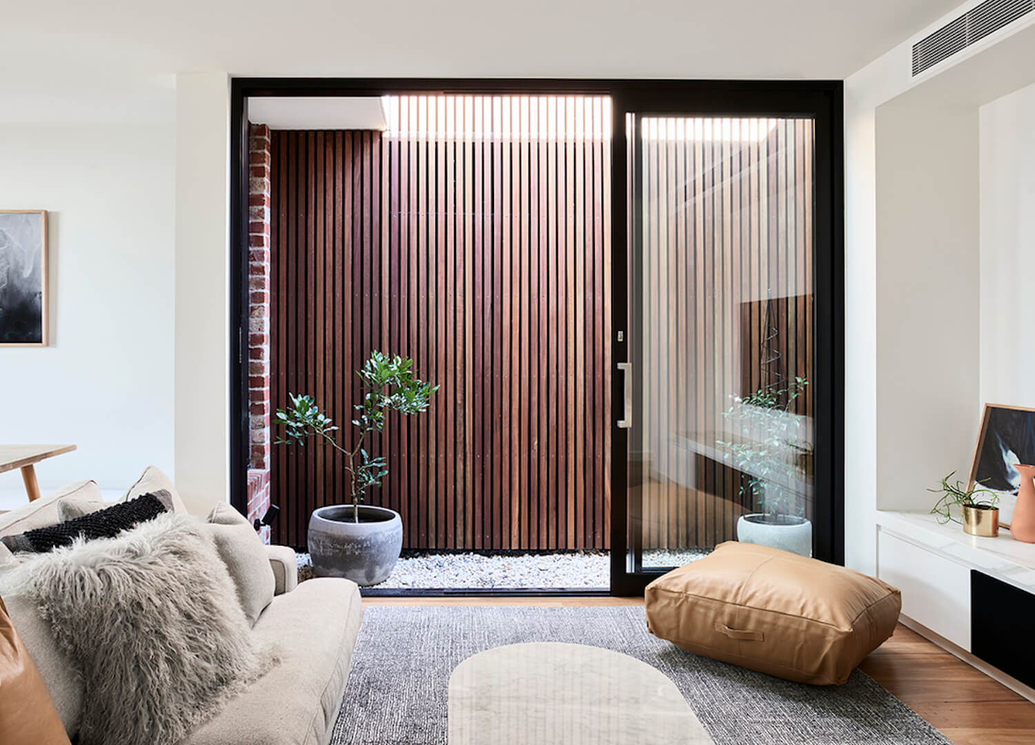est living australian interiors dan webster architecture albert park terrace 1
