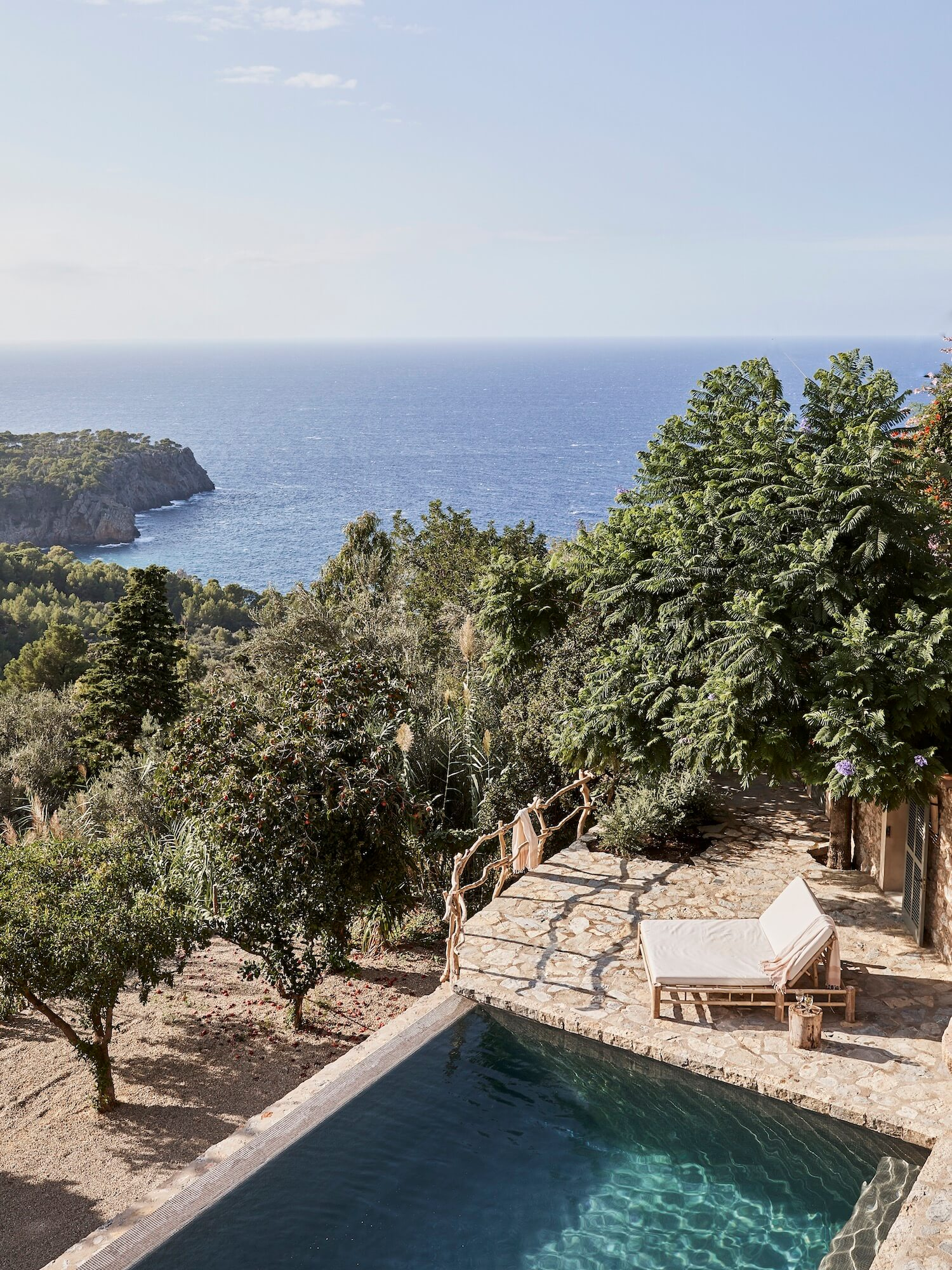 est living on top of the world mallorca house est magazine issue 28 4