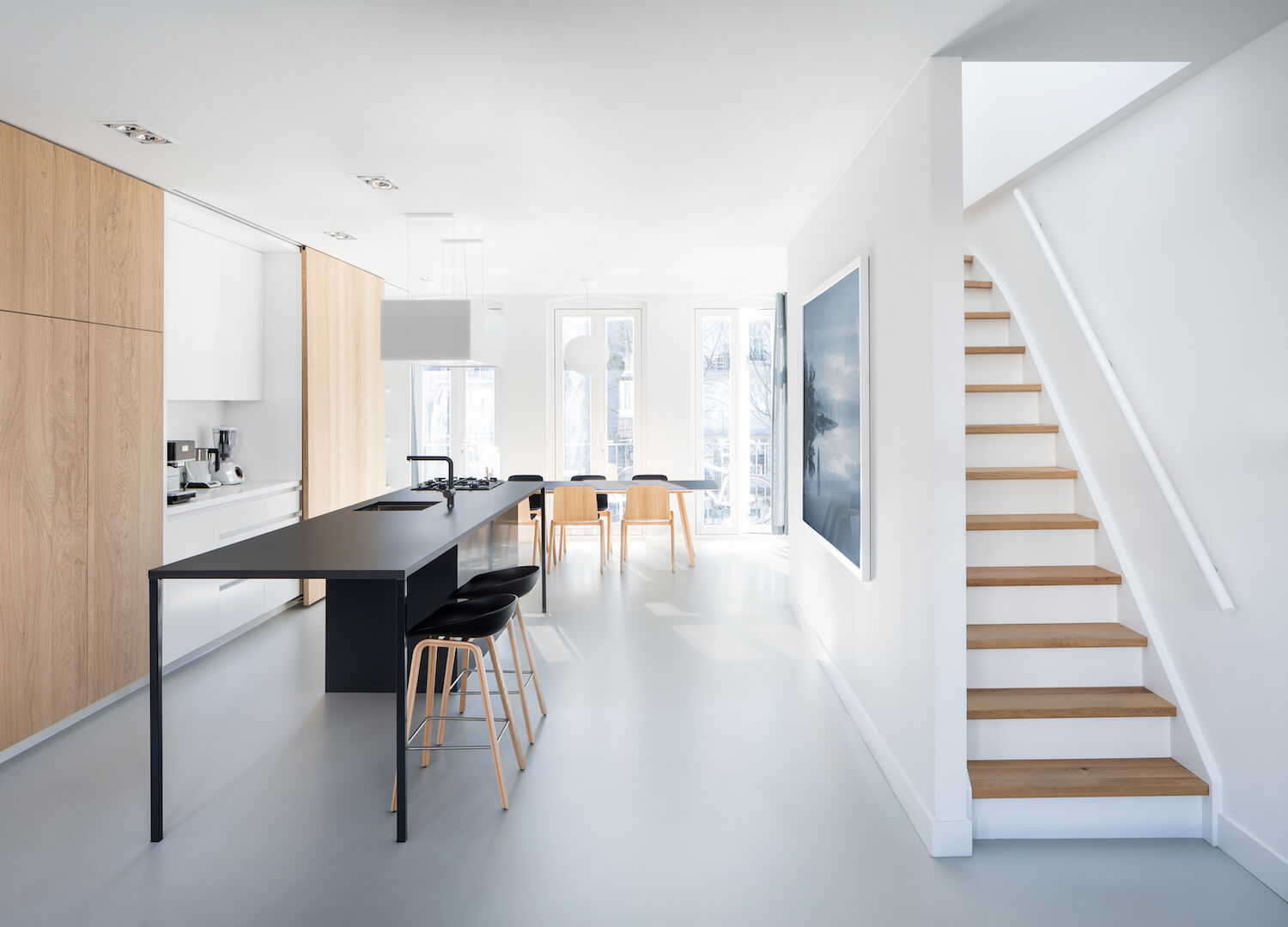 https://estliving.com/wp-content/uploads/2018/06/est-living-amsterdam-apartment-i29-architects-2.jpg