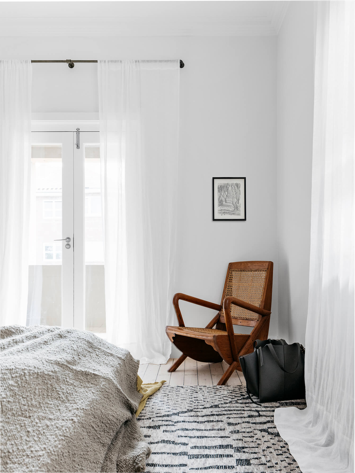 est living interiors Decus Interiors Tamarama House 05