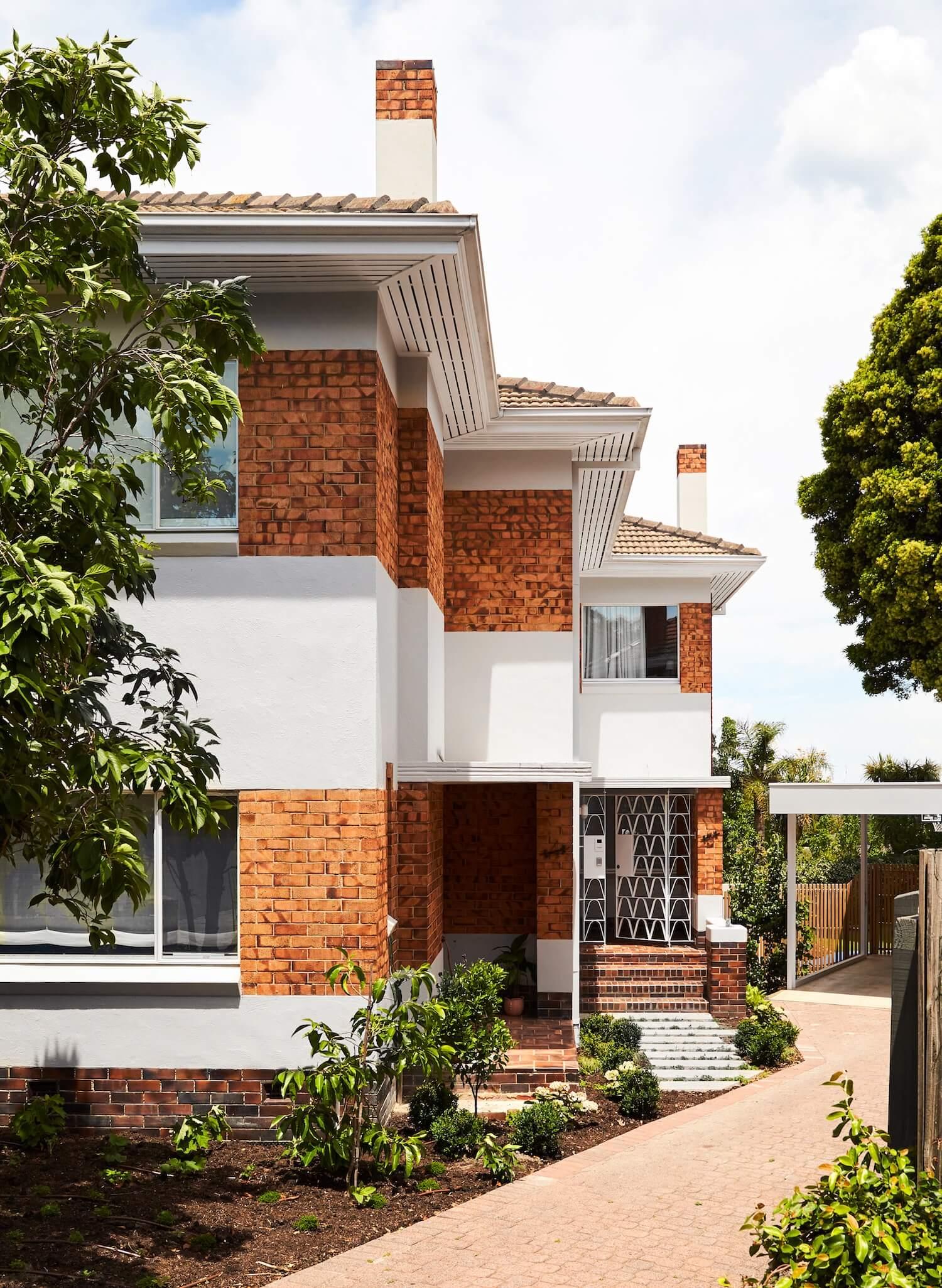 Holroyd House by Foomann Architects
