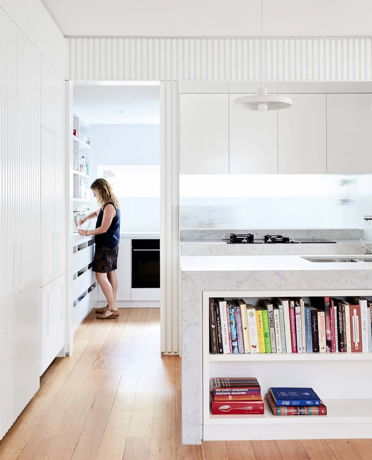 est living australian interiors Architecture Design Holroyd 10 kitchen4 e1530583746822
