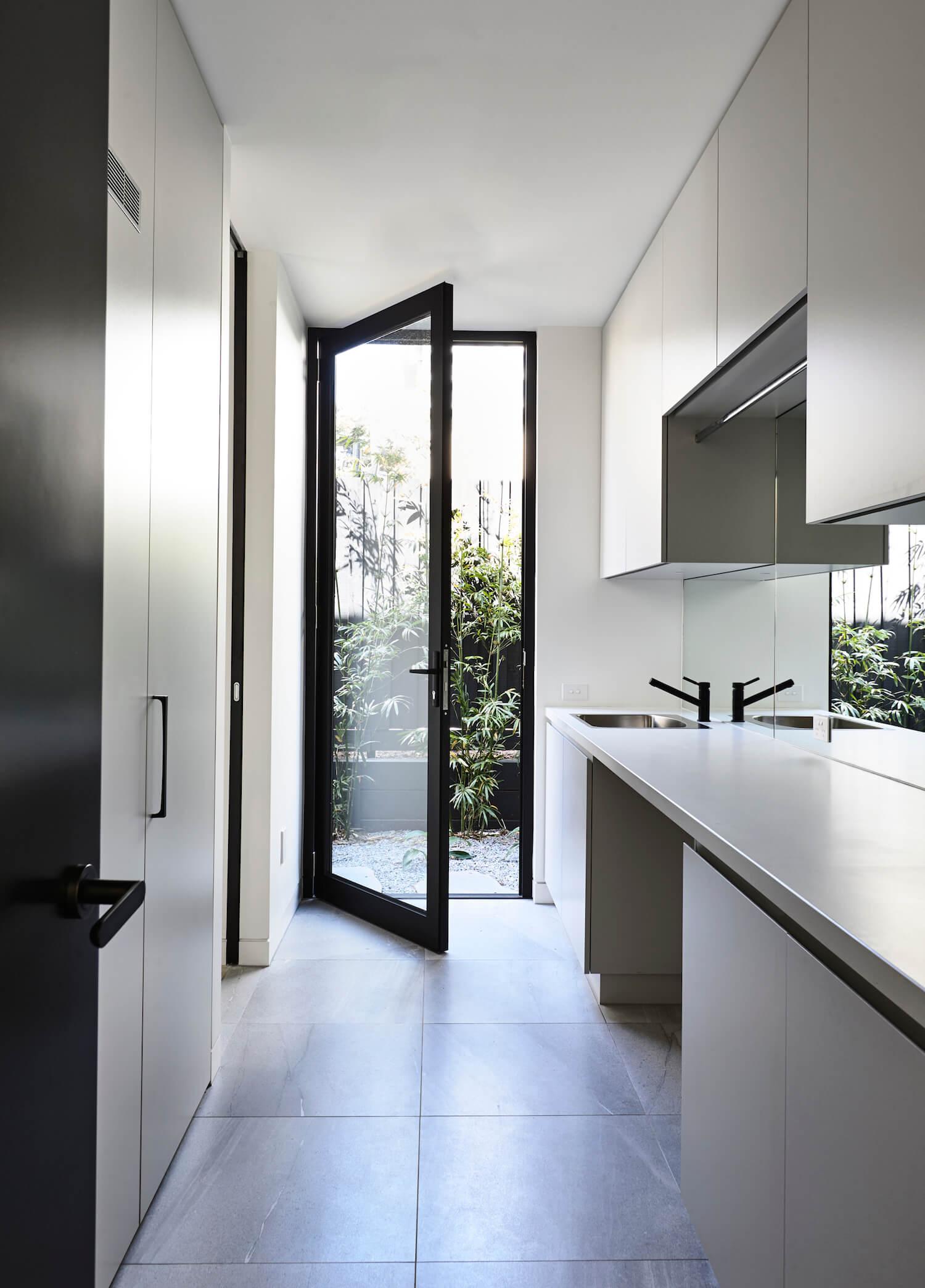 est living interiors Canny872
