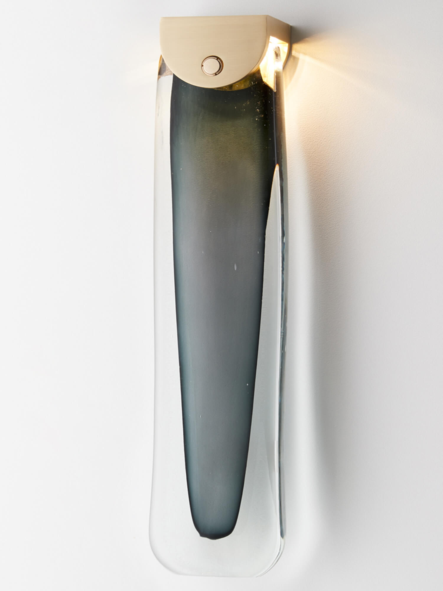 Articolo Lighting Slab Wall Sconce Brass Grey 01