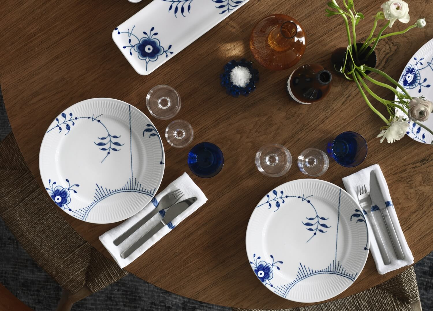 Blue Fluted Mega Plate Royal Copenhagen