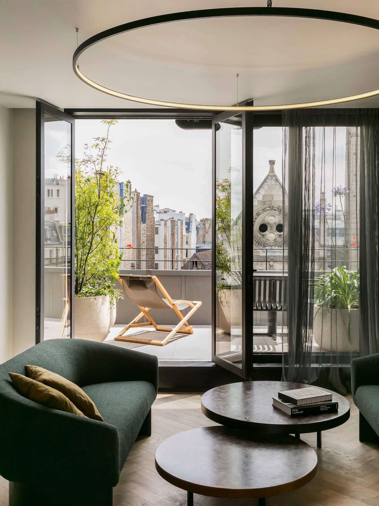 est living travel hotel des arts et metieres Le Penthouse