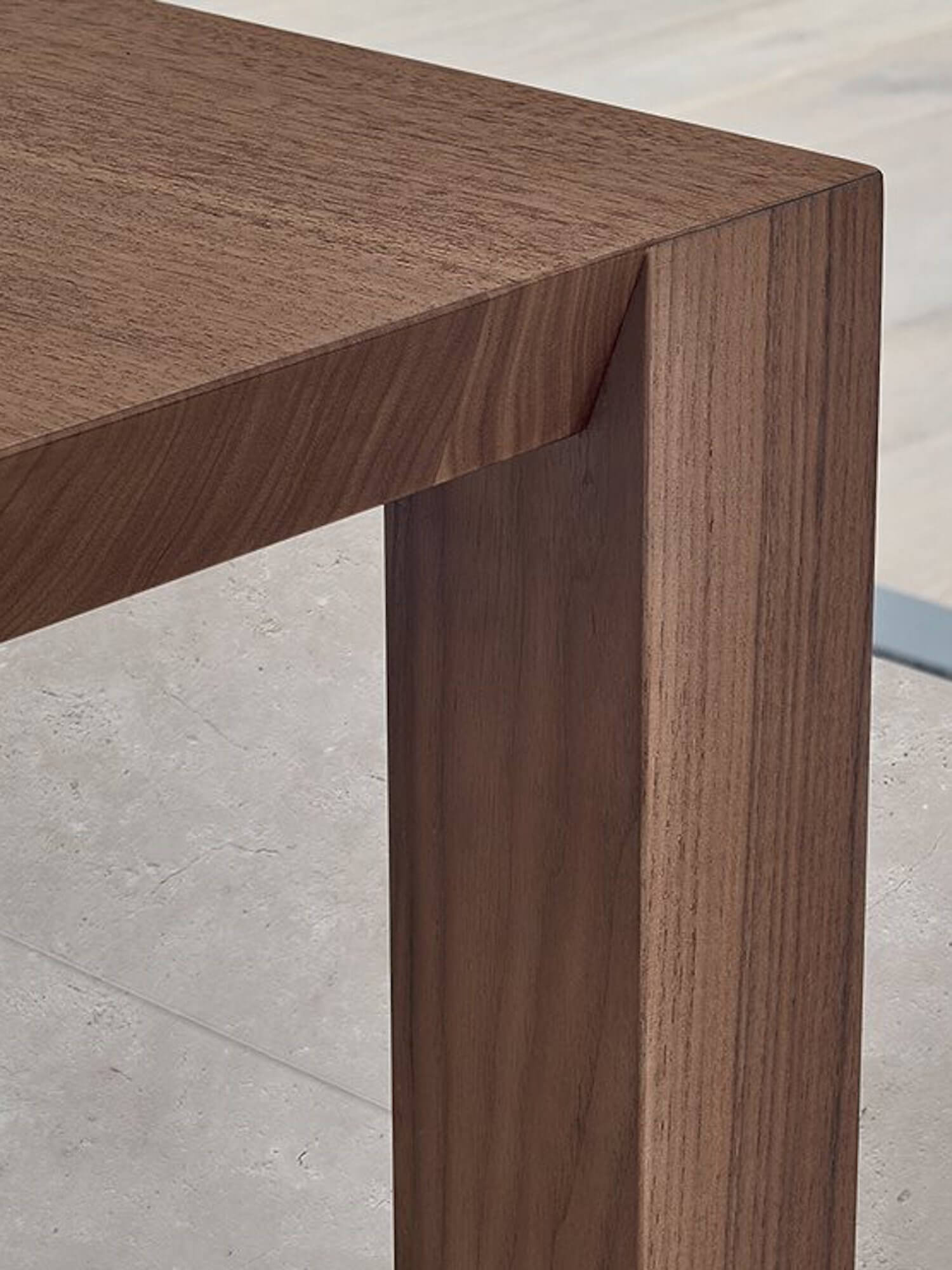 est living poliform dining blade table seattle chair 3