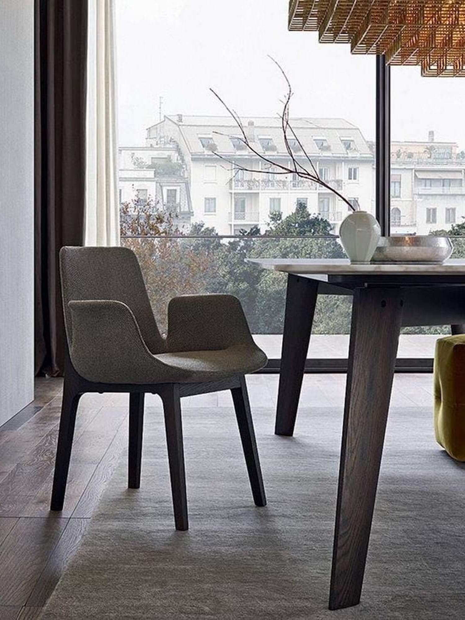 est living poliform dining howard table ventura chair arms 2