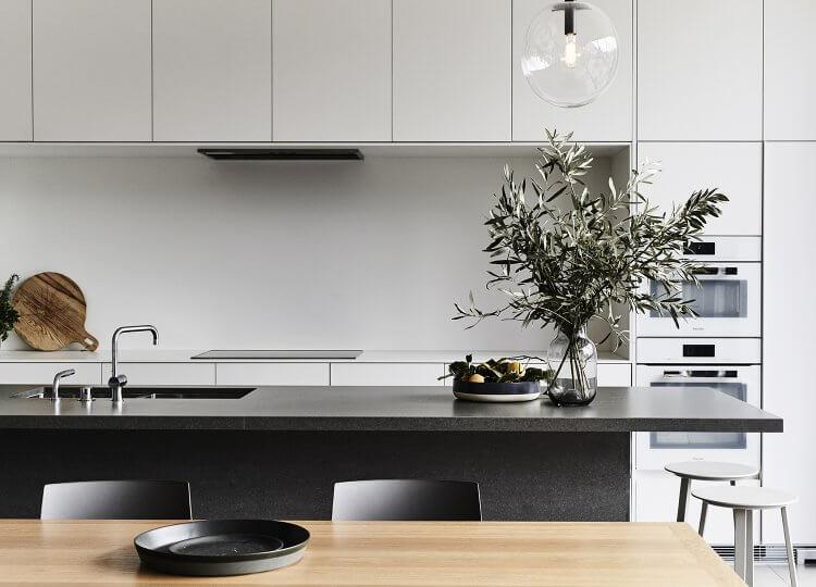 est living interiors Nexus Her Majestys Apartment 08 750x540