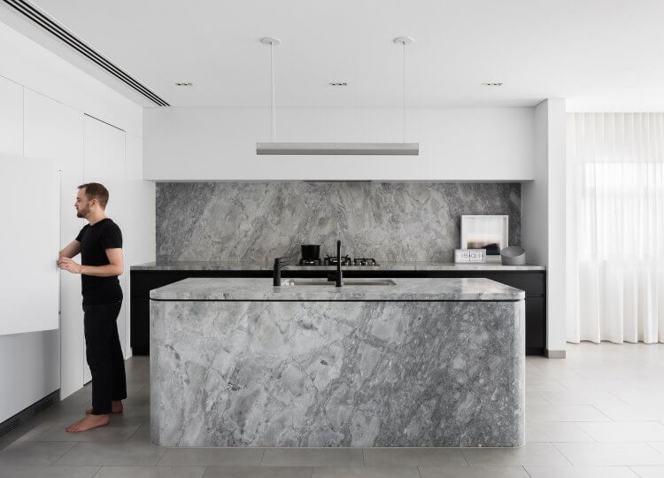 The Broad Residence Kitchen by Baldwin & Bagnall