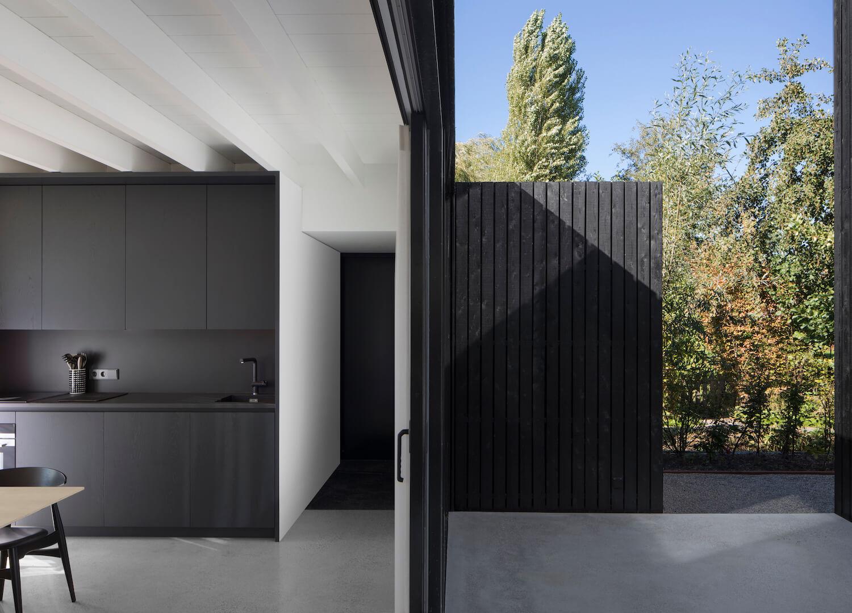 est living tiny holiday home i29 architects 11