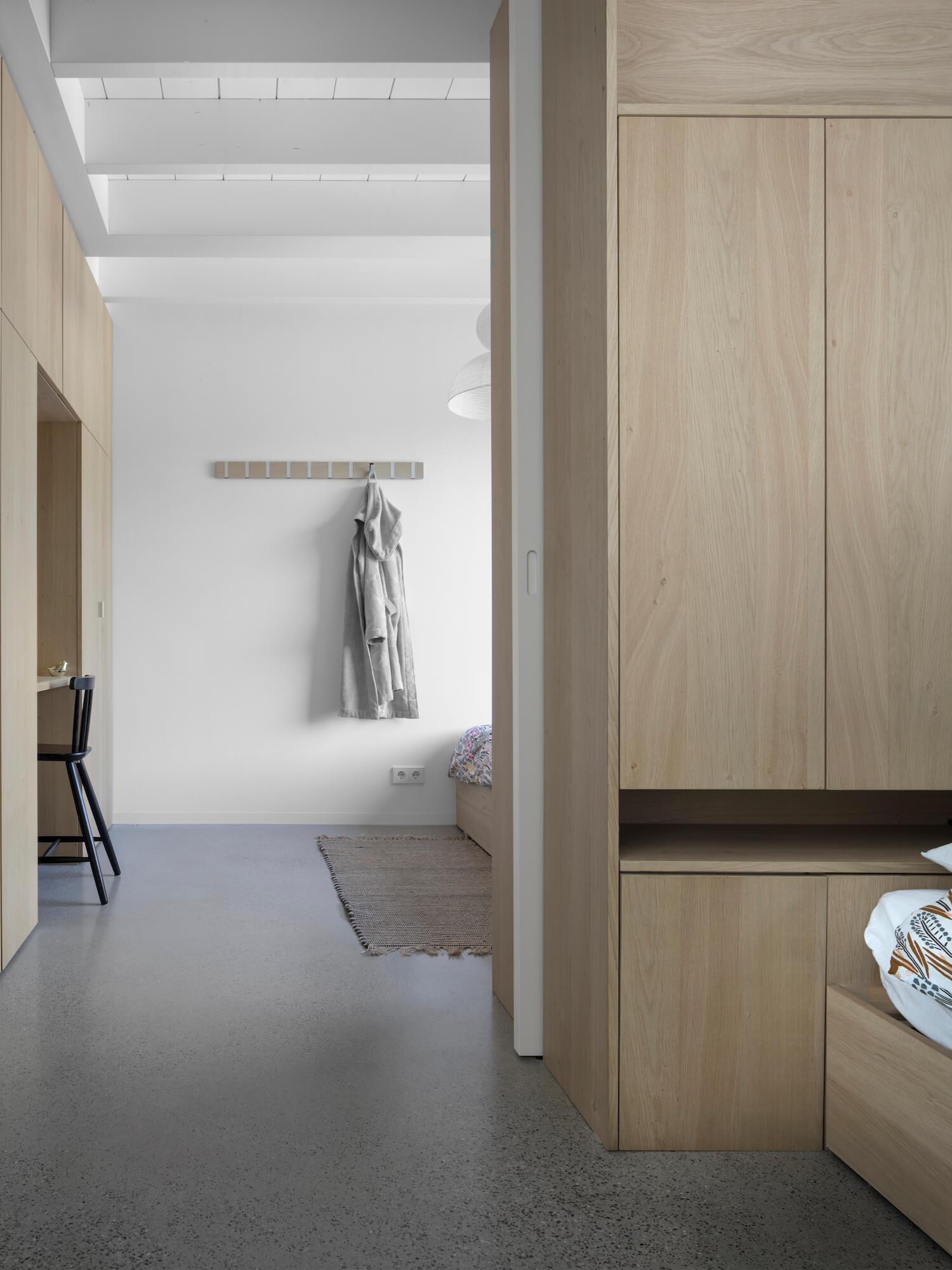 est living tiny holiday home i29 architects 15