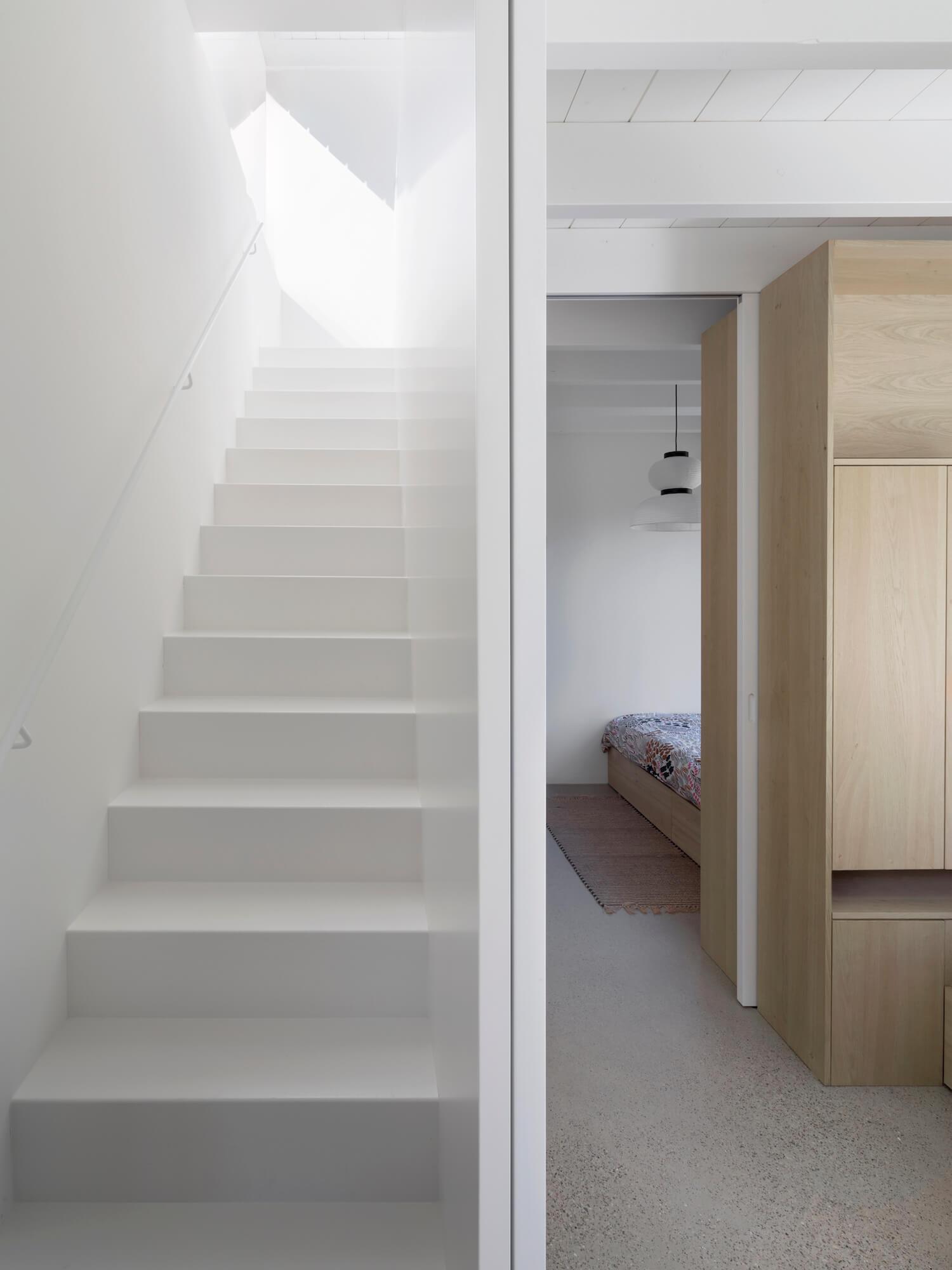 est living tiny holiday home i29 architects 16