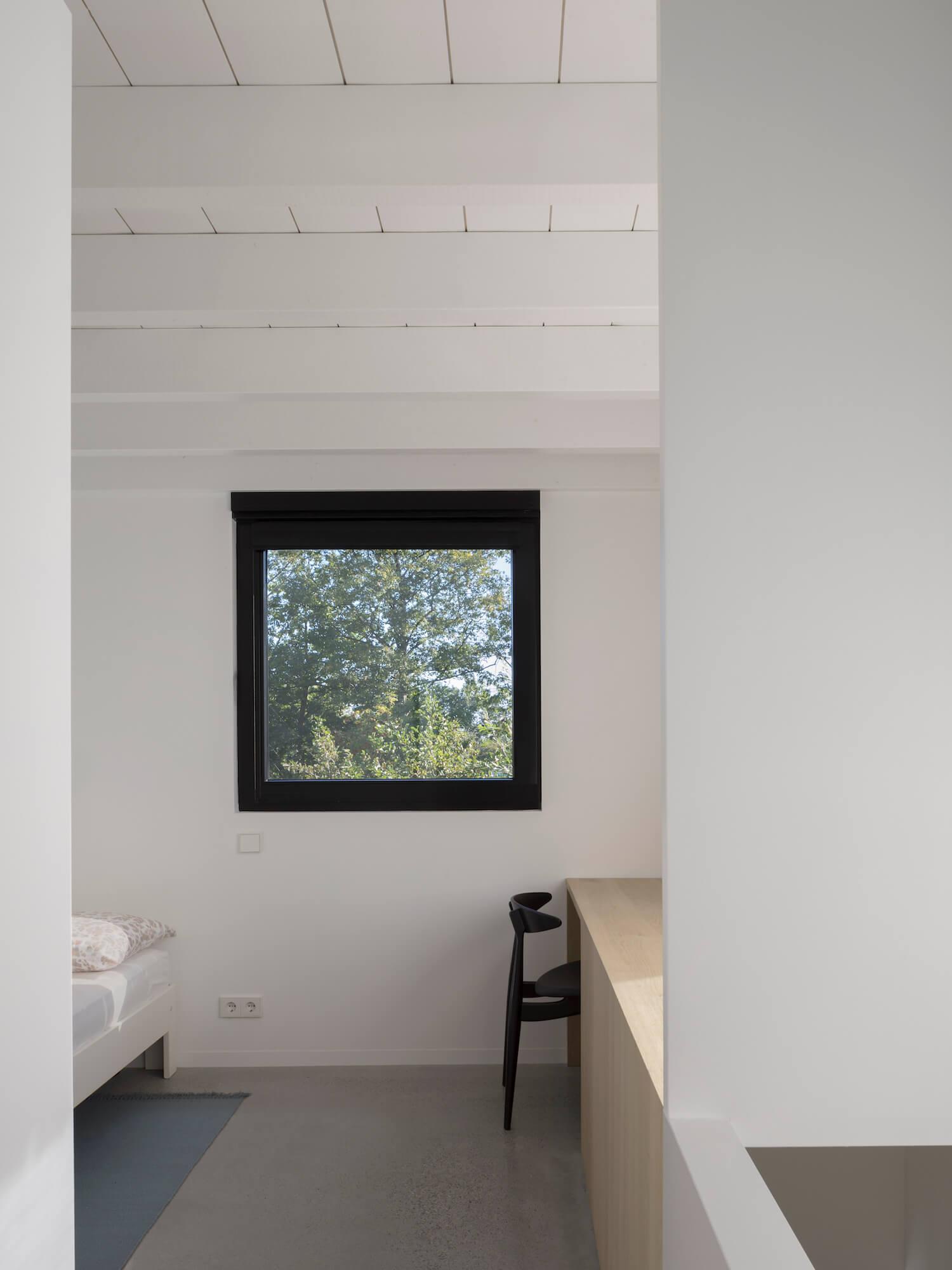 est living tiny holiday home i29 architects 17