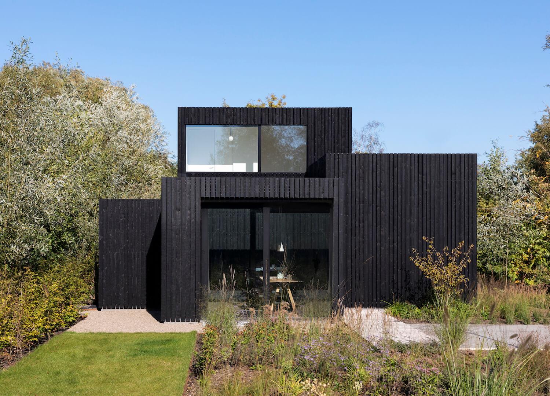 est living tiny holiday home i29 architects 3
