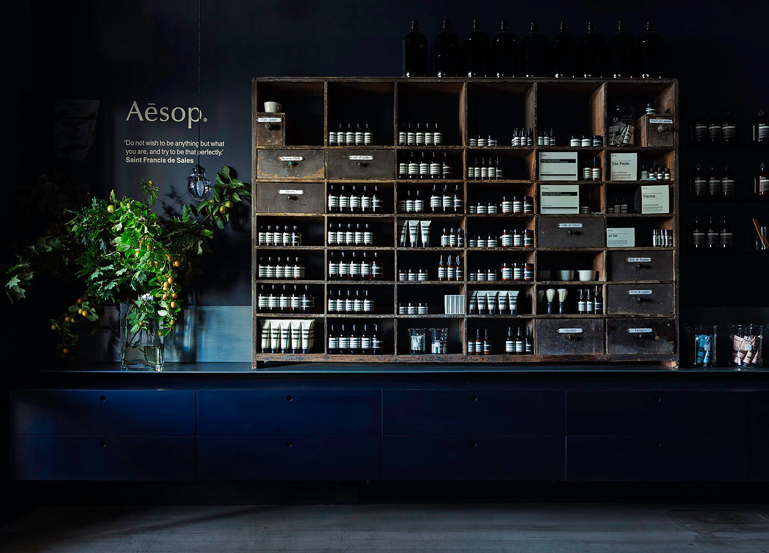 est living aesop daylesford by carole whiting 01