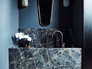 Bathroom: Killcare House by Decus Interiors