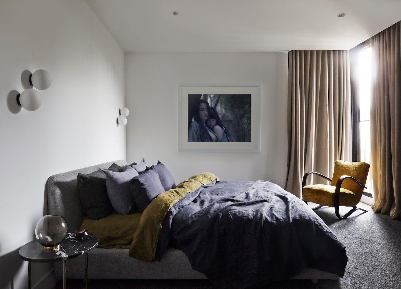 est living full of grace interiors south yarra home 2 08