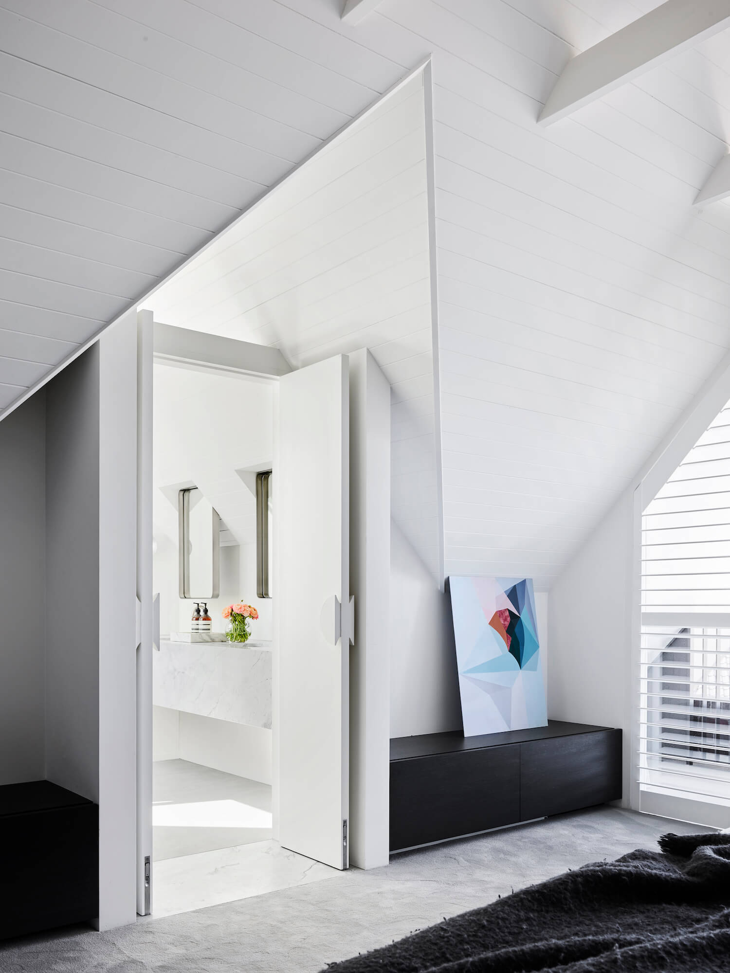 est living madeleine blanchfield architects attic house 9