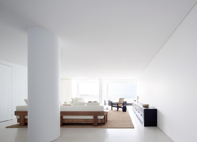 est living interiors bondi beach apartment redgen mathieson 1