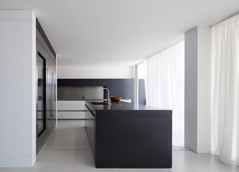 est living interiors bondi beach apartment redgen mathieson 8