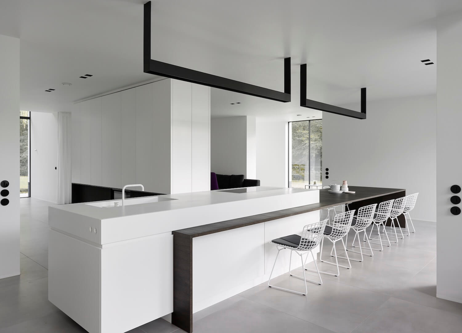 The Bright White House by Studio Niels